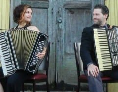 Accordianistan : David Symons et Stephanie Reed
