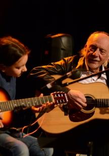 Bruno Gendron (Guitare accoustique / Éveil musical)
